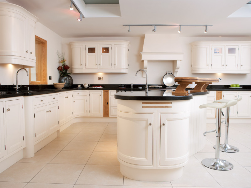 Traditional Kitchen - White Ash in Frame